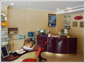Lauras Skin Management Specialists - Gold Coast Dentists